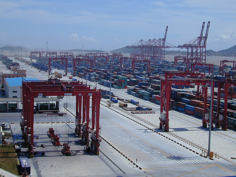 800px-port_of_shanghai,_yangshan_deep-water_harbour_zone,_02.jpg