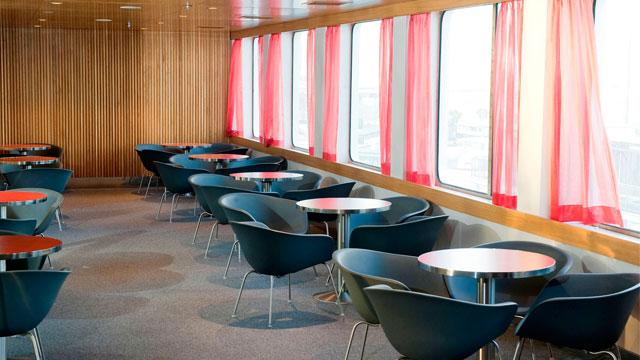 interiores del ferry Abel Matutes