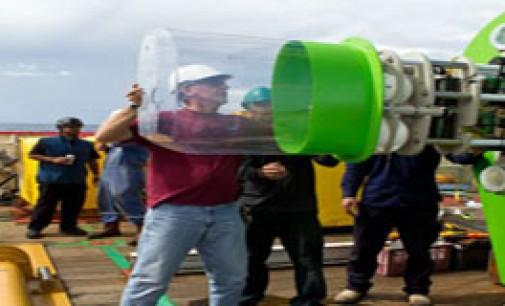 James Cameron desciende a la fosa más profunda del océano