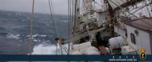 El Juan Sebastián Elcano cruza a vela el Atlántico Norte por primera vez en su historia