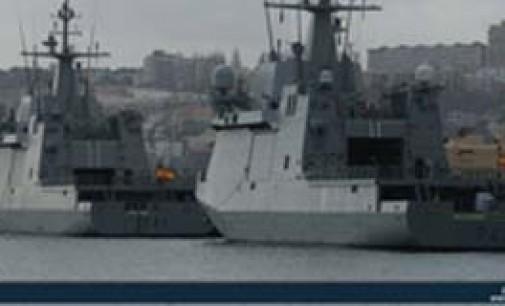 Los patrulleros Meteoro y Rayo se encuentran ya en su base de Las Palmas de Gran Canaria
