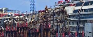 El Costa Concordia vuelve a flotar