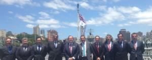 La Marina Australiana recibe el ALHD Canberra