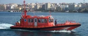 Salvamento Marítimo coordina el rescate de los 7 tripulantes de un pesquero hundido en la Caleta de Vélez Málaga