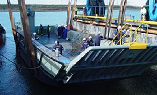 Flotadura de la lancha de desembarco LCC