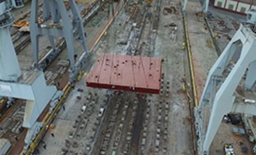 Puesta de quilla de buque multipropósito en La Naval