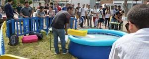 Concurso de barcos de papel de la UPCT