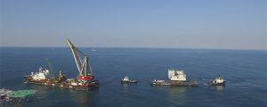 ¿Quieres ver la instalación de una plataforma hotel offshore?
