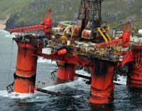 Reflotan con éxito la Transocean Winner