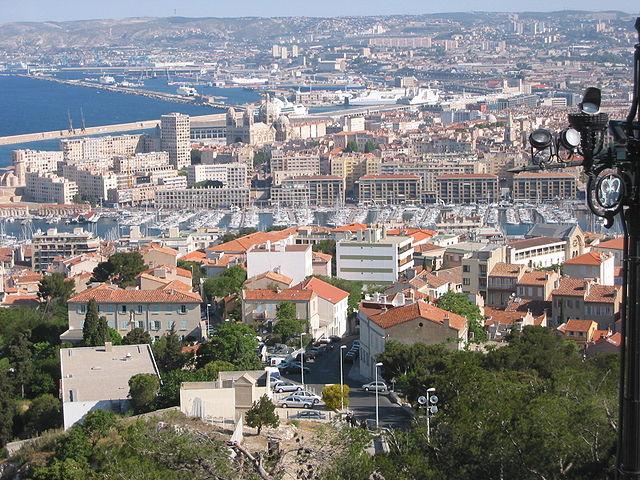 640px-Marseille-ports