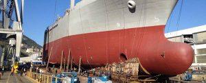 Botadura de la sección de proa del ITS Vulcano para la armada italiana