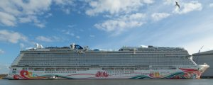 Norwegian Cruise Line recibe el primer barco construido especialmente para China