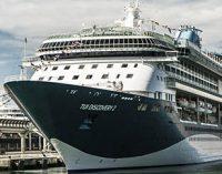 El puerto de Málaga celebra el bautizo del TUI Discovery 2