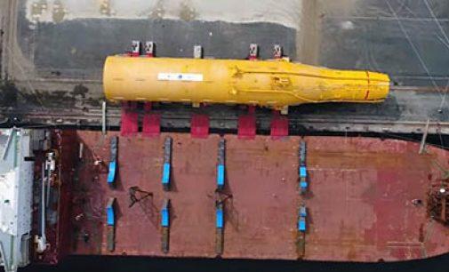 Embarque de los Spars del parque eólico marino Hywind
