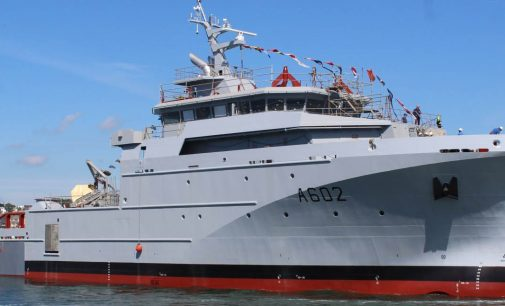Botadura del primer BSAH de la armada francesa
