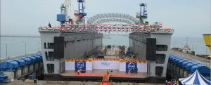 Primer dique flotante de la Armada de la India