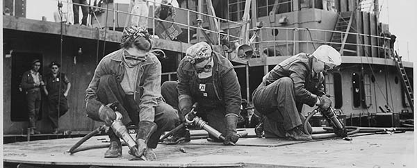 Chippers_in_a_Shipyard__1942