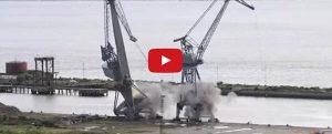 El adiós a las emblemáticas grúas de uno de los astilleros del río Clyde