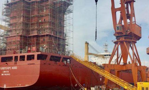 Botadura del primer portacontenedores a GNL de Containerships