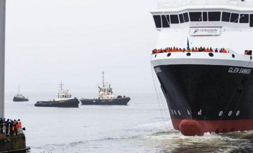 Botadura del ro-pax MV Glen Sannox