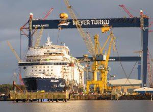 Nueva grúa de Meyer Turku