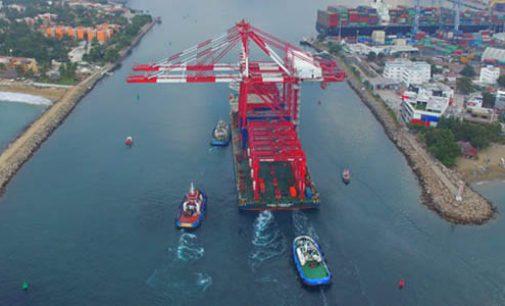 Nuevas grúas en el puerto de Manzanillo