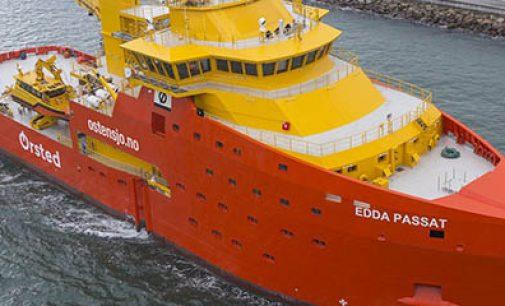 Pruebas de mar del OSV Edda Passat, en España