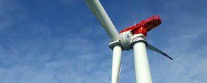 Primer aerogenerador instalado en el parque eólico offshore Merkur