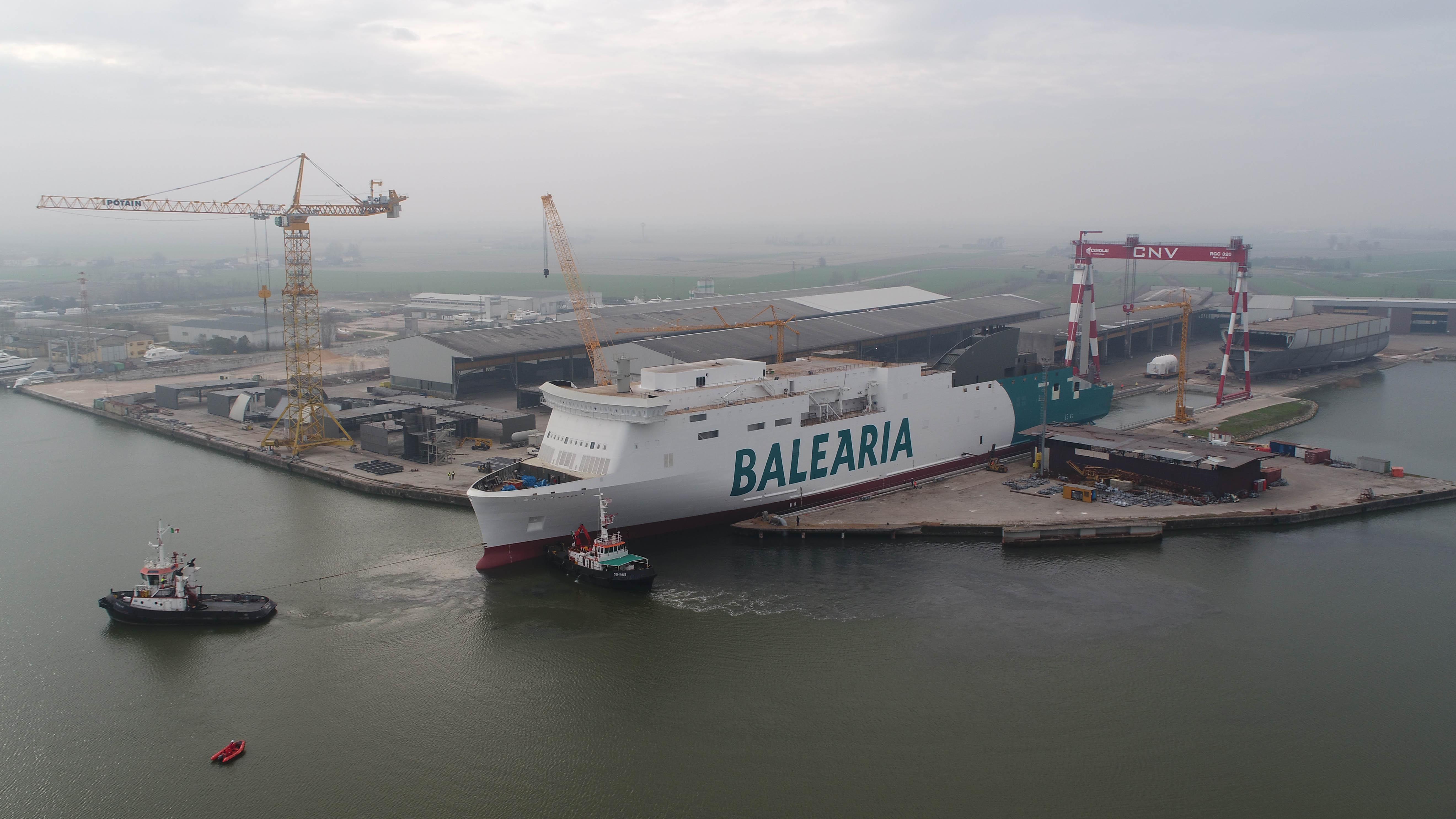 Ferry propulsado con gnl 3 for Oficinas balearia