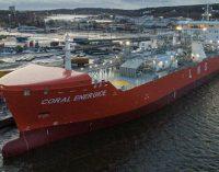 El primer buque gasero LNG clase hielo comienza sus operaciones
