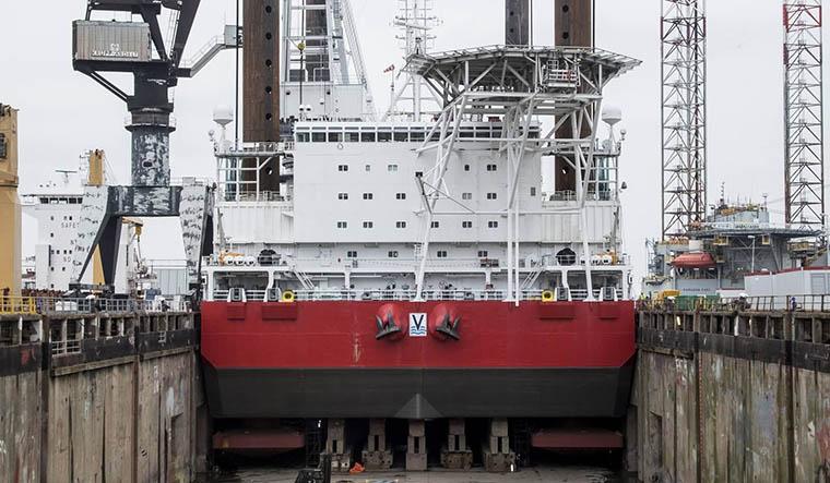 buque_jack_up_1