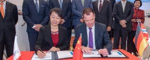 DNV GL y el astillero DSIC firman por el desarrollo de portacontenedores de 23.000 teu propulsados con GNL
