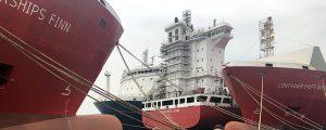 Containerships bautiza su tercer y cuarto portacontenedores a GNL