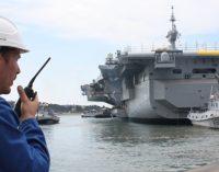 El portaaviones Charles de Gaulle regresa al agua tras su varada reglamentaria
