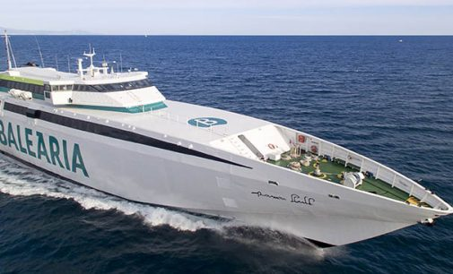 Remotorización del fast ferry Ramón Llull de Baleária