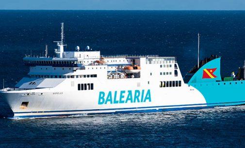 Entra en servicio entre Huelva y Canarias el smart ship a gas Nápoles
