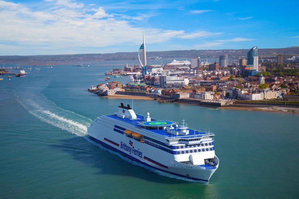 Brittany_Ferries_fleta_tres_buques_RoPax_Stena_Roro_1