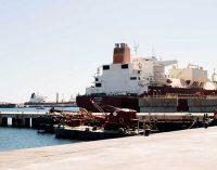 El puerto de Cartagena recibe a uno de los metaneros más grandes del mundo