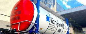 Primer contenedor cisterna fabricado en materiales compuestos