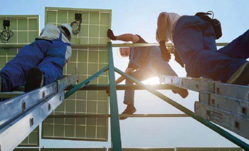 El sector de la energía renovable empleó en 2018 a 11 millones de personas