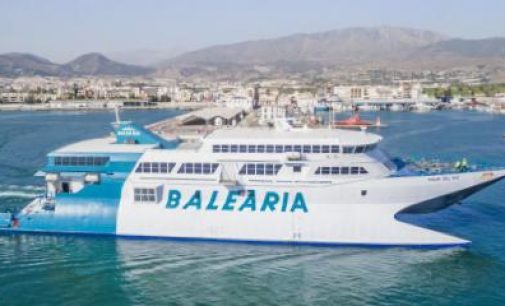 Baleària programa el ferry Bahama Mama para cubrir los servicios del fast ferry Pinar del Río encallado en Dénia