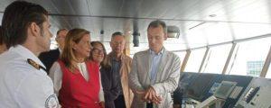 Pedro Duque visita el buque Sarmiento de Gamboa, que inicia un proyecto  europeo de minería submarina
