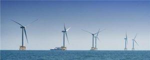 El primero de los aerogeneradores del parque eólico marino East Anglia One ya genera energía