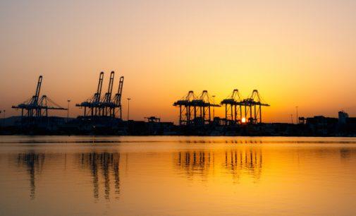 El tráfico total portuario vuelve a marcar un máximo histórico con 564,6 millones de toneladas movidas en 2019