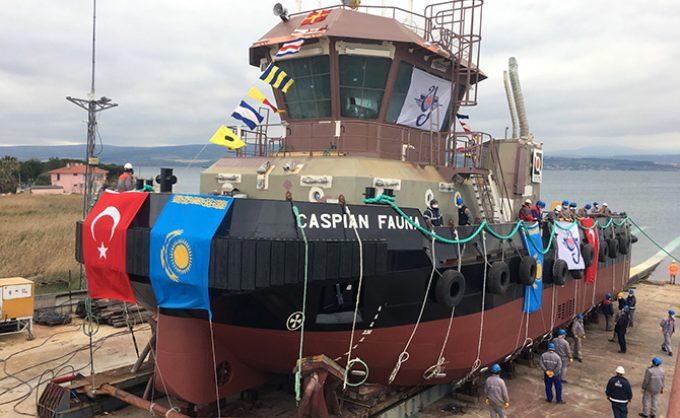 Botadura del remolcador Caspian Fauna