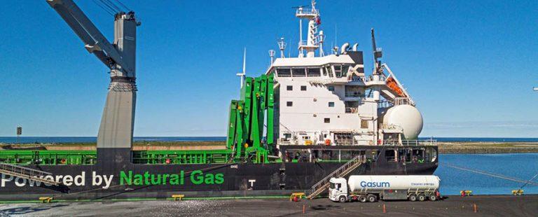 Transporte_de_hierro_por_mar_con_biocombustible