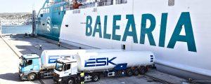 El ferry Bahama Mama de Baleària realiza el primer bunkering de GNL en el puerto de Dénia