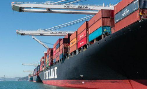 El puerto de Oakland reduce drásticamente las emisiones con grúas eléctricas