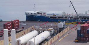 Primer suministro de GNL a un buque de bandera extranjera en EE.UU.