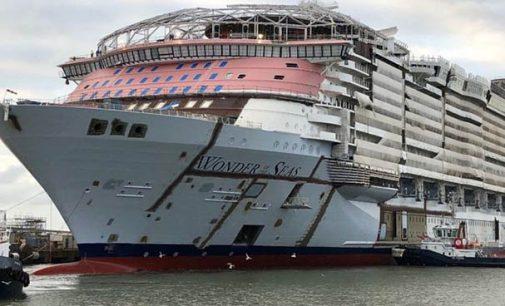 Vídeo de la flotadura del crucero Wonder of the Seas